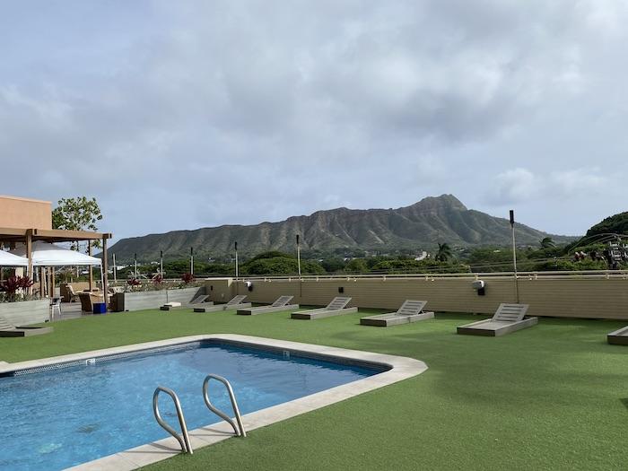 デック クイーンカピオラニホテル ワイキキ ハワイ